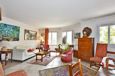 Apartment for sale in LYON  6EME  - 4 rooms - 86 m²