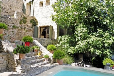 House for sale in VAISON-LA-ROMAINE