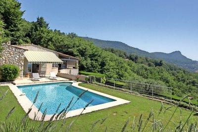 Maison à vendre à TOURRETTES-SUR-LOUP  - 5 pièces - 160 m²