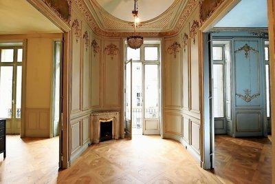 Appartement à vendre à BORDEAUX   - 235 m²