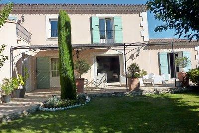 Maison à vendre à immobilier ST-REMY-DE-PROVENCE  - 7 pièces - 220 m²
