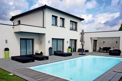 Maison à vendre à ECULLY  - 6 pièces - 270 m²