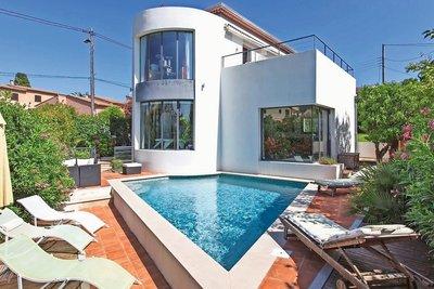 Maison à vendre à CAGNES-SUR-MER  - 220 pièces - 220 m²