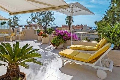 Appartement à vendre à BEAULIEU-SUR-MER  - 2 pièces - 72 m²
