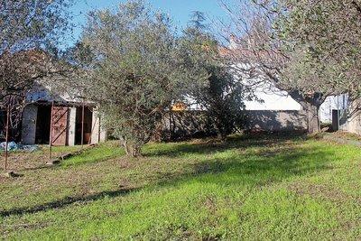 terrain à vendre à EGUILLES   - 1500 m²
