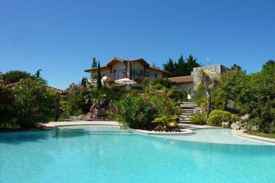 Maison à vendre à ROMANS-SUR-ISERE  - 8 pièces - 390 m²