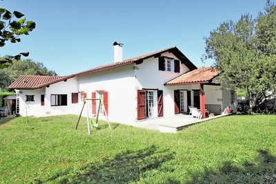 House for sale in ASCAIN  - 5 rooms - 165 m²