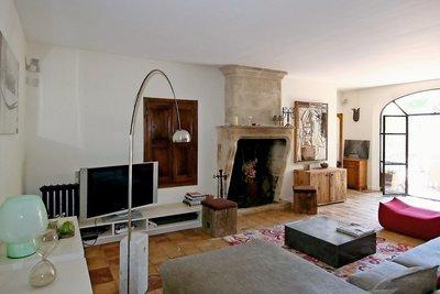 Maison à vendre à EYGALIERES  - 6 pièces - 210 m²