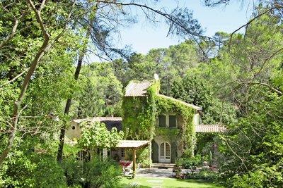 Maison à vendre à ST-REMY-DE-PROVENCE  - 5 pièces - 260 m²