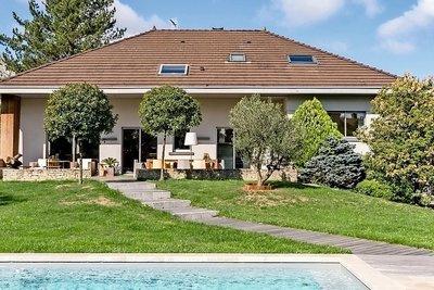 Maison à vendre à ECULLY  - 12 pièces - 330 m²