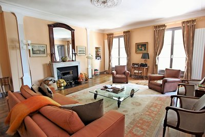 Apartment for sale in AIX-EN-PROVENCE  - 6 rooms - 183 m²
