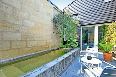 House for sale in BORDEAUX  - 6 rooms - 240 m²