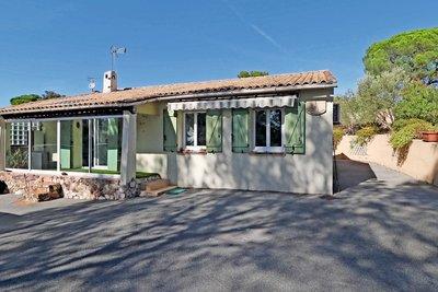 Maison à vendre à ROQUEBRUNE-SUR-ARGENS  - 4 pièces - 90 m²