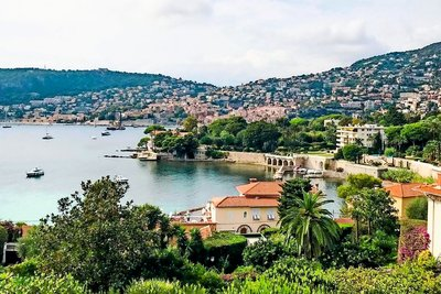 Apartment for sale in VILLEFRANCHE-SUR-MER  - 3 rooms - 95 m²
