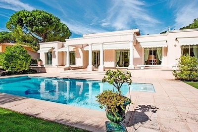 House for sale in VILLEFRANCHE-SUR-MER  - 6 rooms - 250 m²