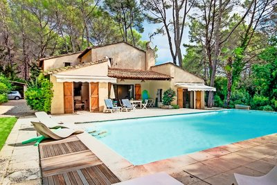 House for sale in MOUGINS  - 7 rooms - 220 m²