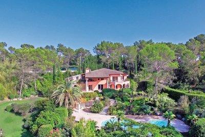 Maison à vendre à MOUANS-SARTOUX  - 10 pièces - 600 m²