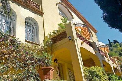 Maison à vendre à MENTON  - 4 pièces - 180 m²