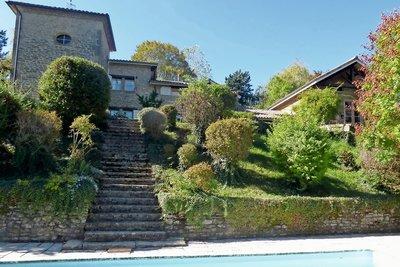 Maison à vendre à CHARMES-SUR-L'HERBASSE  - 6 pièces - 285 m²