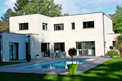vente maison villa 12 pi ces 265 m carquefou cabinet biens a nantes 1342453. Black Bedroom Furniture Sets. Home Design Ideas