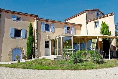 Maison à vendre à TOURNON-SUR-RHONE  - 8 pièces - 241 m²