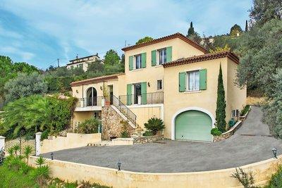 Maison à vendre à GRASSE  - 9 pièces - 350 m²