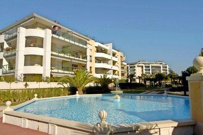 Appartement à vendre à CAGNES-SUR-MER  - 2 pièces - 53 m²