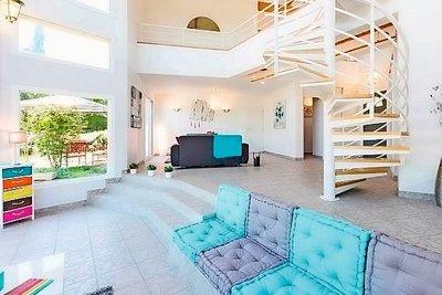 Maison à vendre à COLLONGES-AU-MONT-D'OR  - 7 pièces - 229 m²