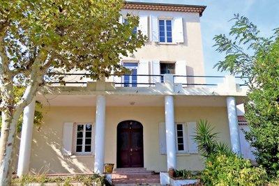 Maison à vendre à LA CIOTAT  - 7 pièces - 230 m²