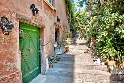 Maison à vendre à VILLEFRANCHE-SUR-MER  - 3 pièces - 100 m²