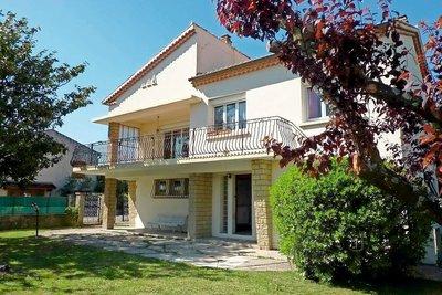 Maison à vendre à ST-PAUL-TROIS-CHATEAUX  - 6 pièces - 196 m²