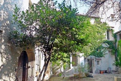 Maison à vendre à ST-PAUL-TROIS-CHATEAUX  - 10 pièces - 200 m²