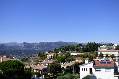 Apartment for sale in NICE SAINT ANTOINE - 3 rooms - 85 m²