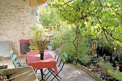 Maison à vendre à LA MOTTE CHALANCON  - 6 pièces - 137 m²