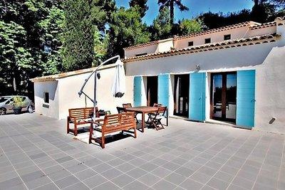 Maison à vendre à AIX-EN-PROVENCE  - 13 pièces - 377 m²