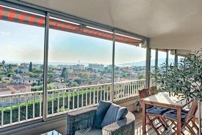 Appartement à vendre à ANTIBES  - 5 pièces - 130 m²