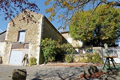 Maison à vendre à PUY ST MARTIN  - 7 pièces - 154 m²