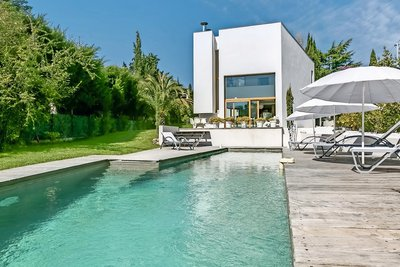 House for sale in MOUGINS  - 5 rooms - 200 m²