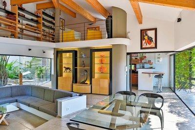 Maison à vendre à AUBAGNE  - 4 pièces - 240 m²