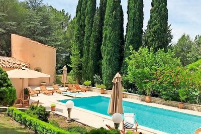 House for sale in AIX-EN-PROVENCE  - 7 rooms - 350 m²