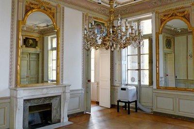 Apartment for sale in AIX-EN-PROVENCE   - 215 m²