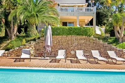 Maison à vendre à NICE  - 8 pièces - 370 m²