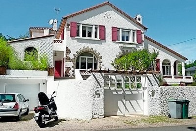 - 11 rooms - 350 m²