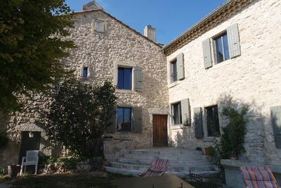 Maison à vendre à GRIGNAN  - 20 pièces - 1000 m²