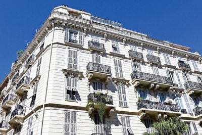 Apartment for sale in NICE MEDECIN - 5 rooms - 145 m²