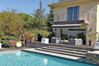 Maison à vendre à AIX-EN-PROVENCE  - 8 pièces - 250 m²