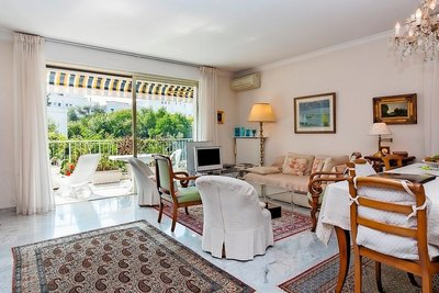 Apartment for sale in CANNES  - 4 rooms - 110 m²