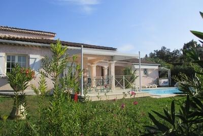 Maison à vendre à LES ADRETS-DE-L'ESTEREL  - 6 pièces - 165 m²