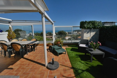 Apartment for sale in JUAN-LES-PINS  - 3 rooms - 95 m²