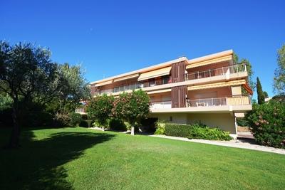 Appartement à vendre à CAP D'ANTIBES  - 4 pièces - 115 m²